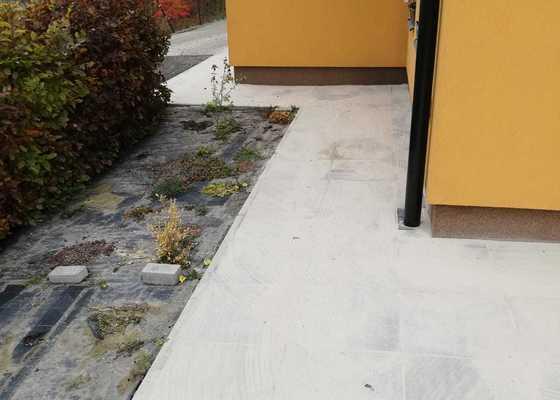 Rekonstrukce terasy - vyrovnání podkladu