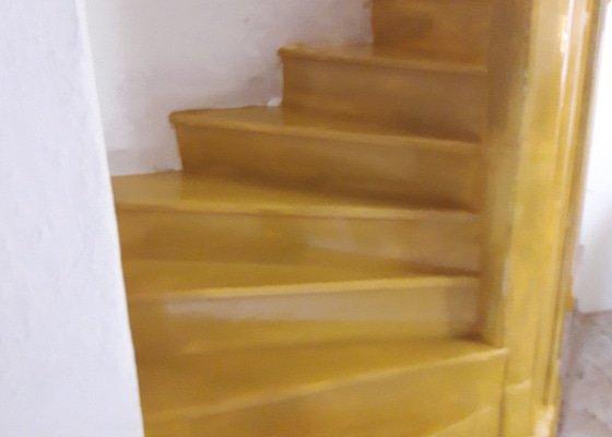Opreava schodů kaple