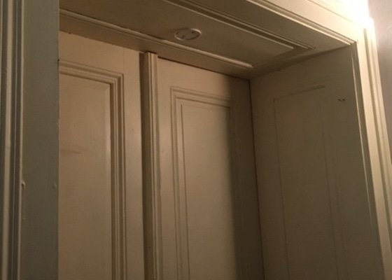 Vymena/repas vchodových dvojkrídlových dverí