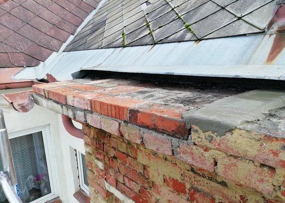 Oplechování římsy a úpravy střešního plechu a instalace okapu