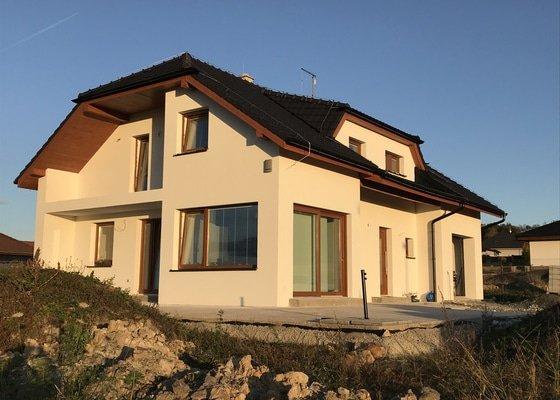 Venkovní omítka rodinného domu, cca 220 m2