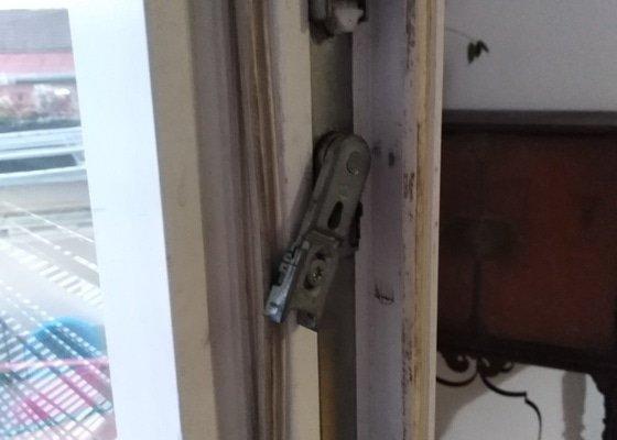 Spravit balkonové dveře, nejdou zavřít, systém MACO