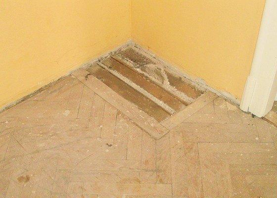 Renovace parket a pokládka vinylové plovoucí podlahy
