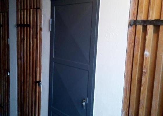 Plechové dveře do sklepní koje BT 3