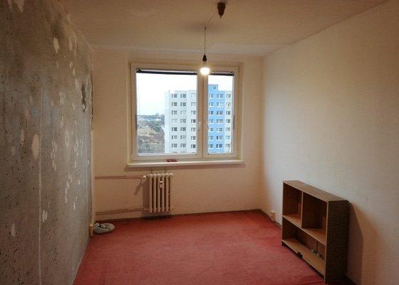 Dokončení stěrkování a vymalování malého pokoje v bytě 2+kk