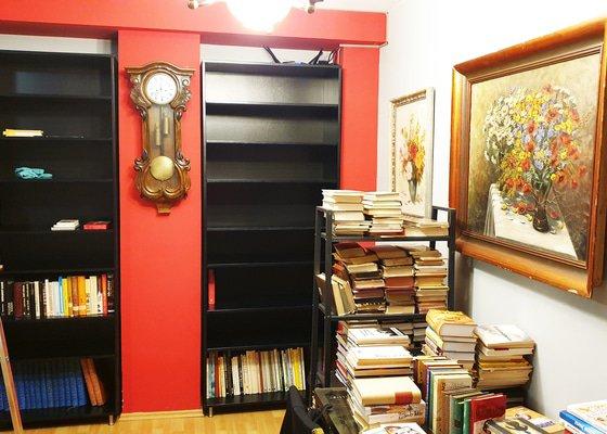 Výroba knihoven - překližka bříza
