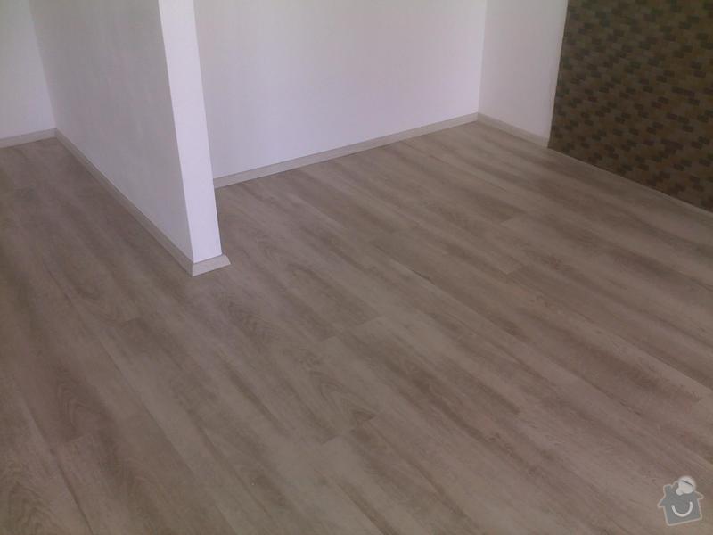 Montáž vinylové podlahy v RD,samonivelační stěrka a montáž obvodových lišt: 08072013567_1_
