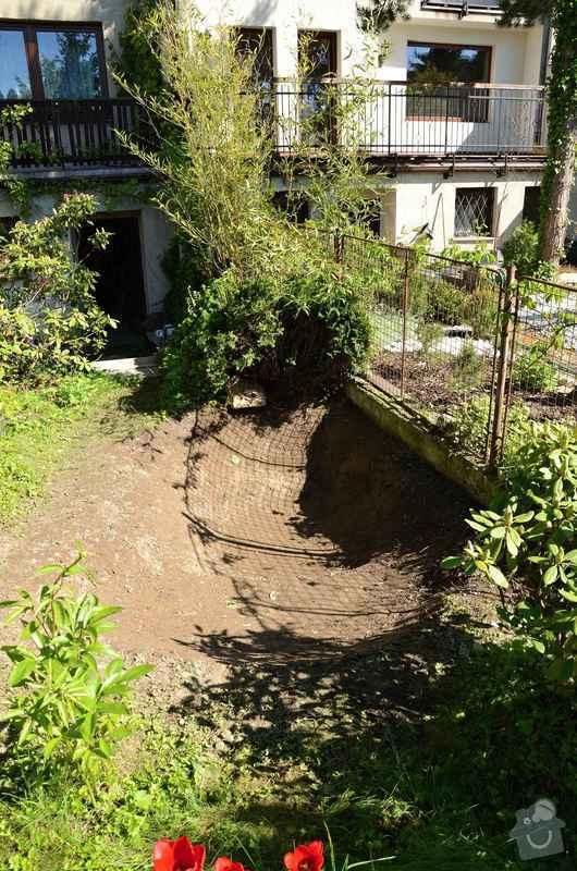 Revitalizace jezírka, skalky a záhonů v horní části zahrady: priprava_jezirka_1