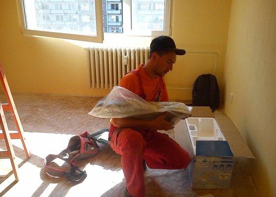 Malování panelového bytu