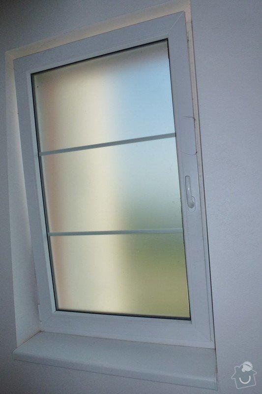 Kovové mříže do oken: Okna_mrize2s_otevrene