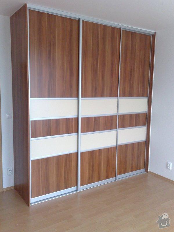 Zařízení interiéru- kuchyně, vestavěné skříně, jídelna, ložnice: 06042011716