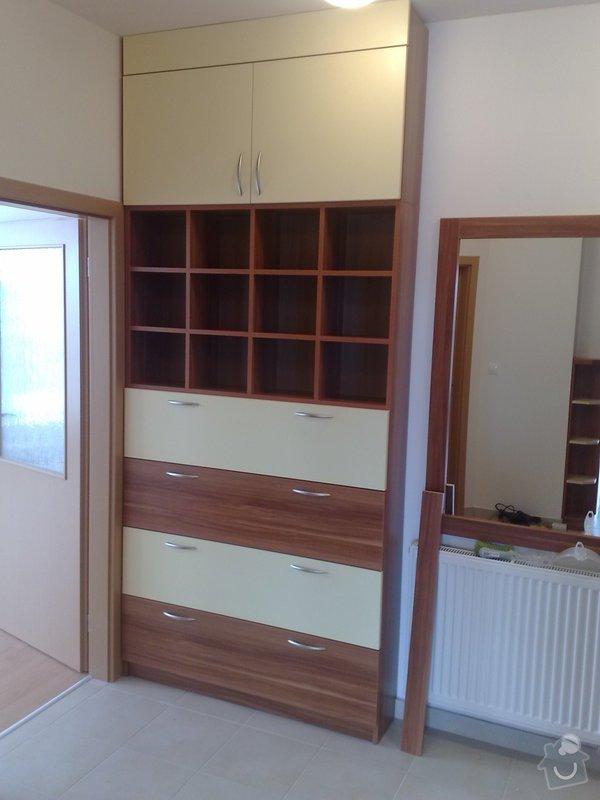 Zařízení interiéru- kuchyně, vestavěné skříně, jídelna, ložnice: 06042011721