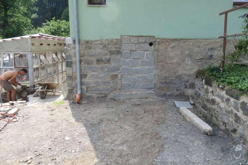 Pokladka dlazby, terenni uprava, venkovni schody: IMG_1549-1600