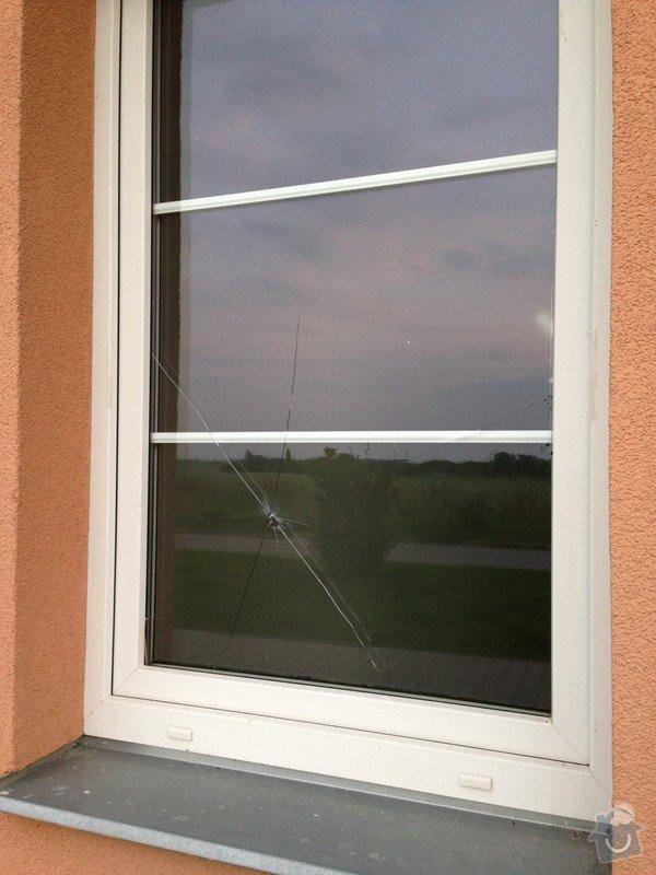 Výměna rozbitého skla - okno Vekra: image02