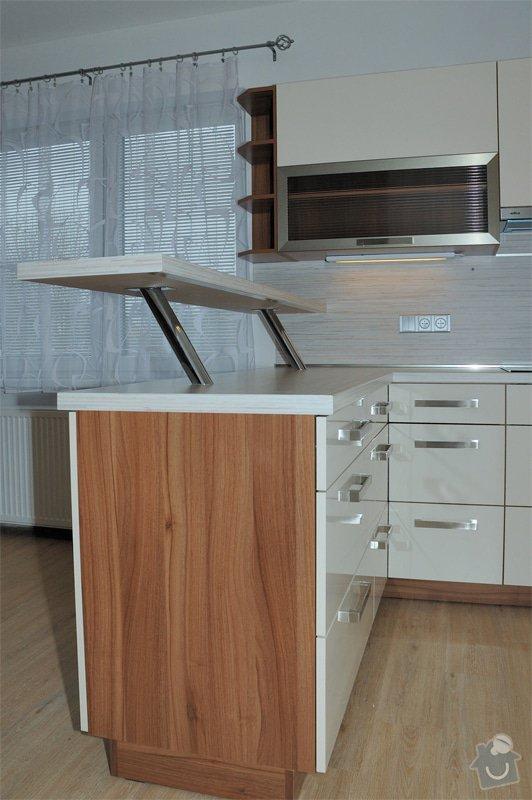 Kuchyňska linka: 4