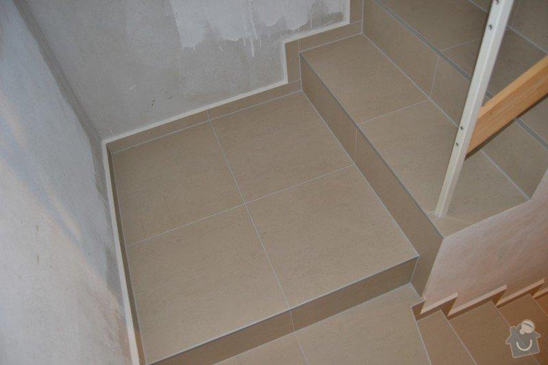 Obložení schodiště a položení dlažby v novostavbě rodinného domu: R_4_