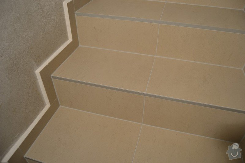 Obložení schodiště a položení dlažby v novostavbě rodinného domu: R_11_