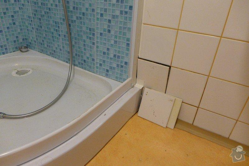 Instalace dvou sprchových koutů, dozdění příčky, částečně i obklady: P1020296