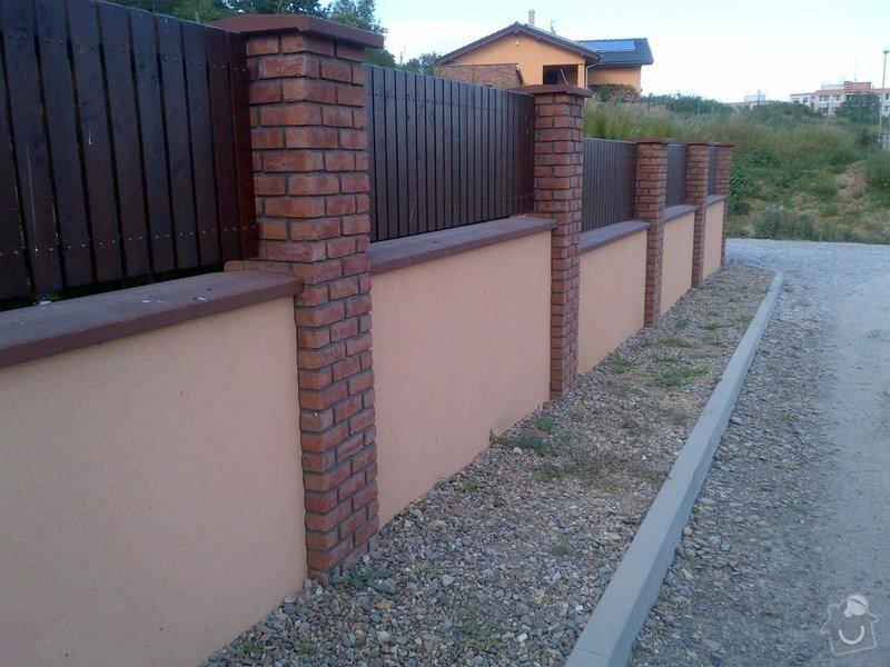 Stavba plotu - zděný plot + sloupky Brickland/Klinker: IMG-20130720-00145