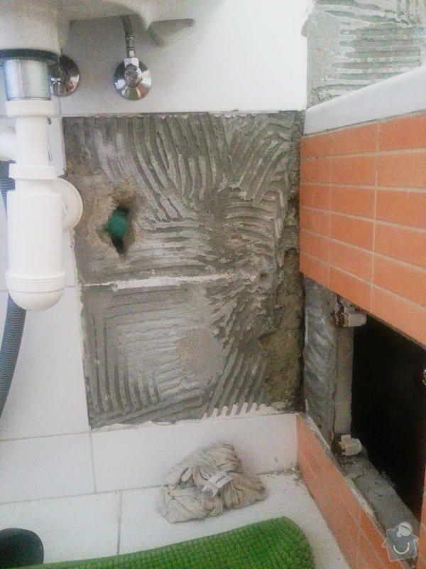Doplnění obkladů koupelny - 8 kachli 25 x 33 cm: kachle1