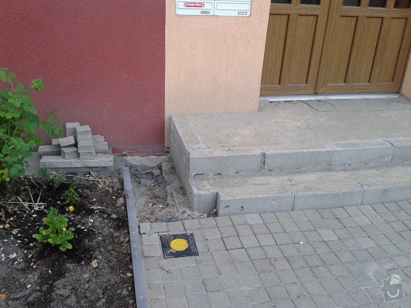 Dokončení vstupního schodiště u panelového domu: 2013-07-17_20.02.15