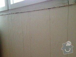Protekajici okna oprava: obyvak_pod_oknem