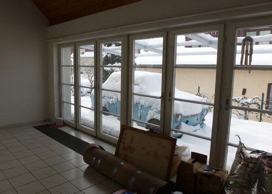 Opálení a lakování dřevěných oken