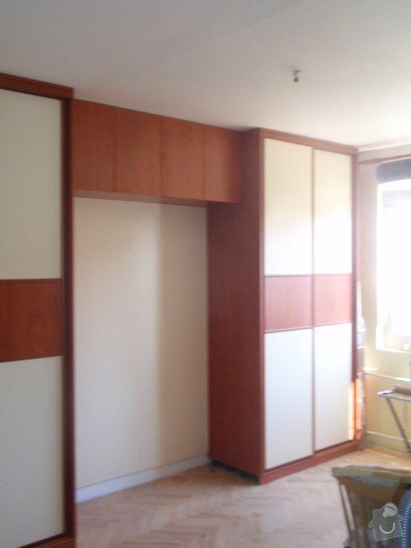 Výroba a montáž vestavěných skříní + postele: P8010260