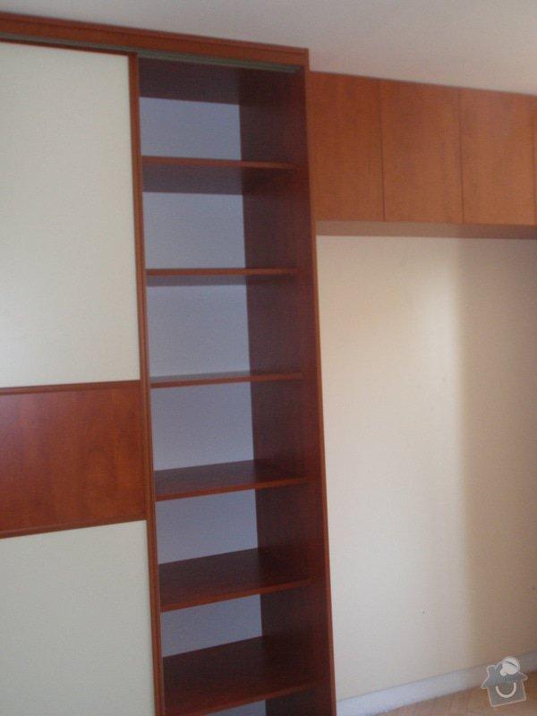 Výroba a montáž vestavěných skříní + postele: P8010263
