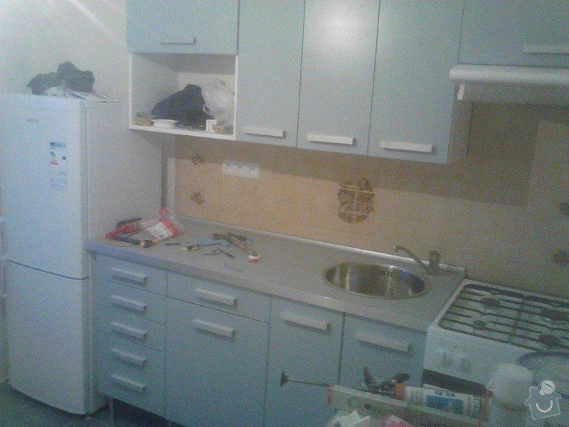 Rekonstrukce panelového bytu: zpetna_montaz_kuchynske_linky_zapojeni_novych_spotrebicu