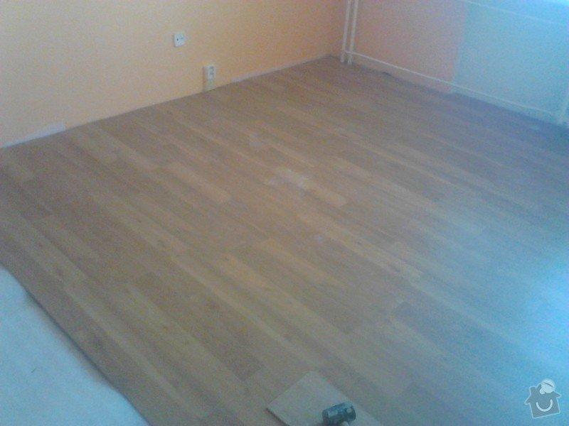 Rekonstrukce panelového bytu: montaz_plovoucich_podlah_obyvak