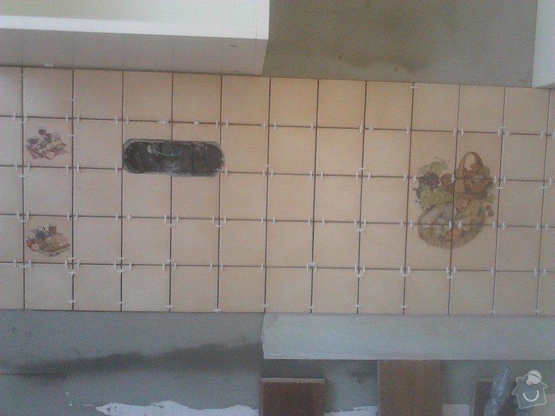 Rekonstrukce panelového bytu: novy_obklad_kuchyn