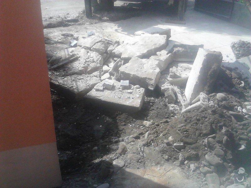 Zámková dlažba,schodiště: likvidace_stareho_betonu1