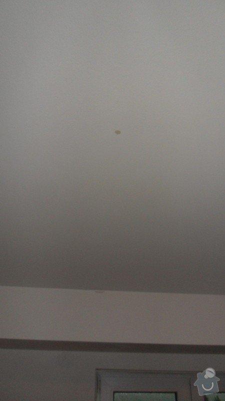 Opravu zatékající střechy: SAM_5907