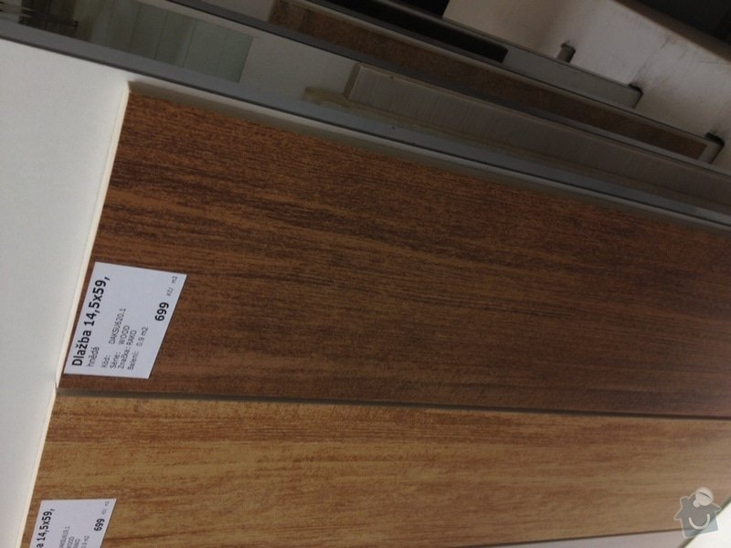 Obložení schodů v RD dřevem a MDF deskou: IMG_4048