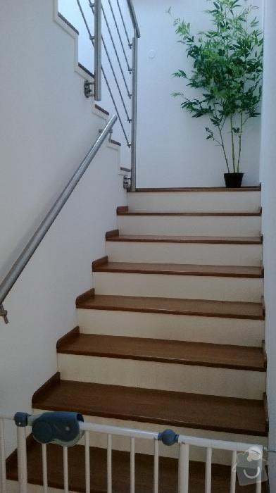 Obložení schodů v RD dřevem a MDF deskou: Schody_-_Klara