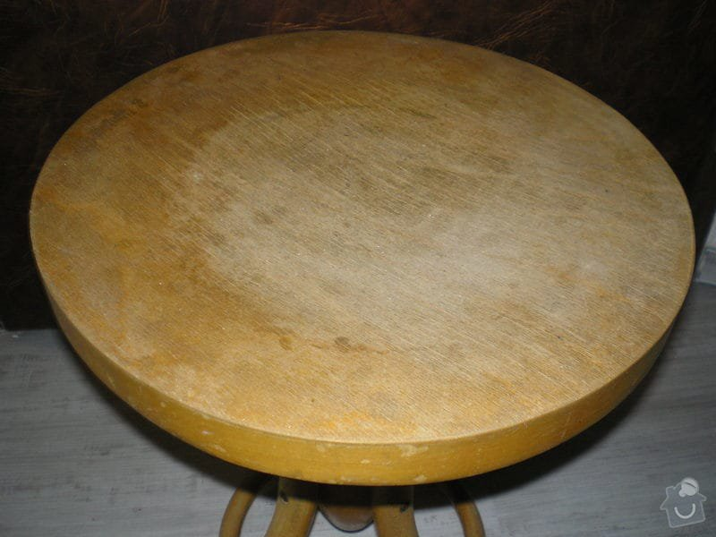 Renovace nábytku: zidle_k_pianu-detail
