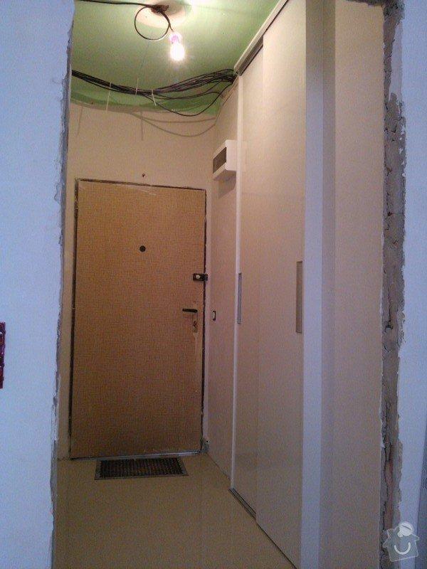Vestavná skříň/dveře do niky: 20130625_115750_WP_001226