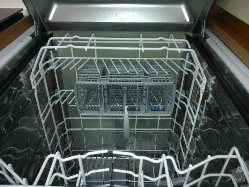 Oprava mycky: Dishwashing_machine