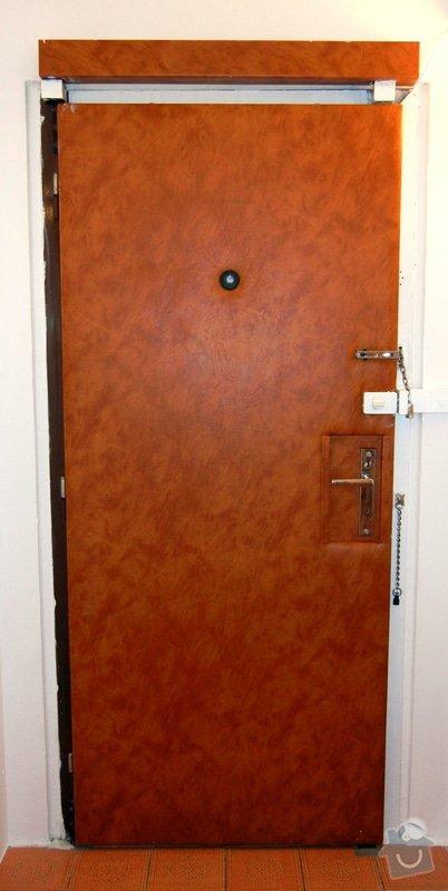 Přečalounění vchodových dveří: DSCN0768