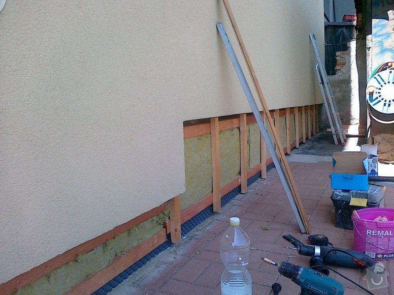 Obklad soklu RD + vnější finální omítka garáže: 070820131083