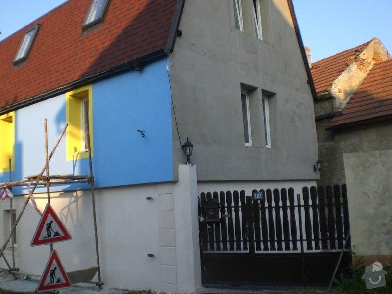 Rekonstrukce,zděného plotu,zámková dlažba,gril s udírnou,natáhnout fasádní barvu na rodiný dům: CIMG3141