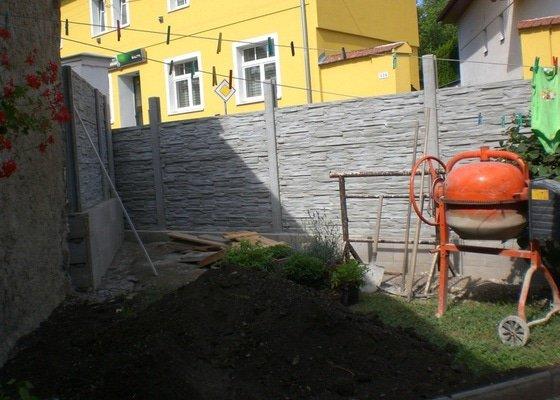 Rekonstrukce,zděného plotu,zámková dlažba,gril s udírnou,natáhnout fasádní barvu na rodiný dům
