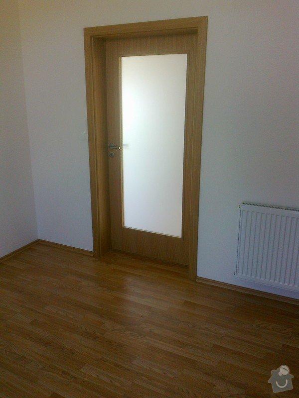 Dodávka a montáž interierových dveří Gerbrich a plovoucích podlah Kronofix dub parketa: Fotografie0244