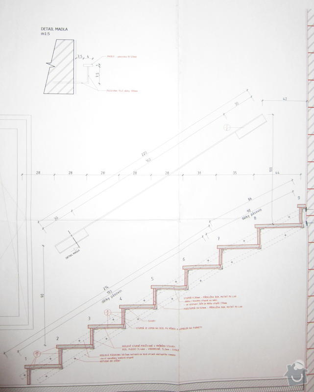Dodávka a montáž zábradlí vnitřního schodiště: madlo1