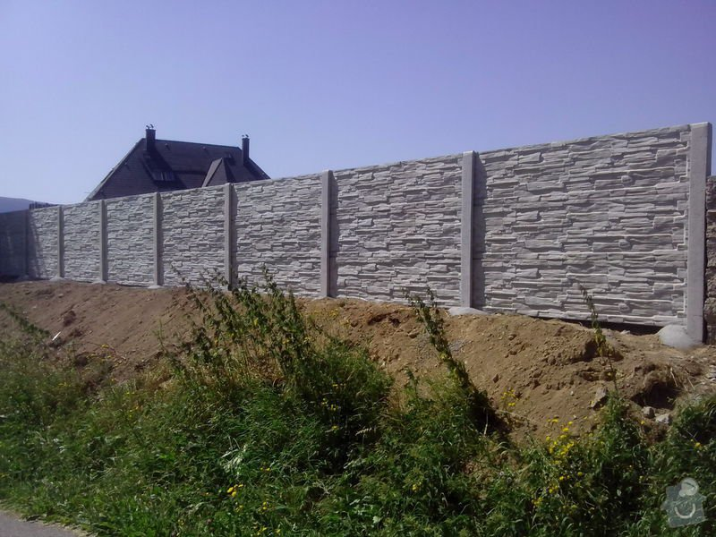 Betonové oplocení Vimperk: betonove_40_m_oploceni_Vimperk