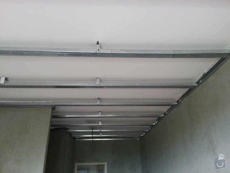 Štuky stěn a sádrokarotonové podhledy: 20130626_133845