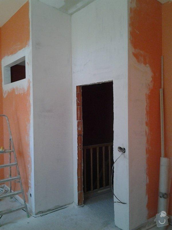 Vyrovnání sádrových omítek 15m2, vyrovnání stavebního otvoru pro zárubně : 20130812_114120