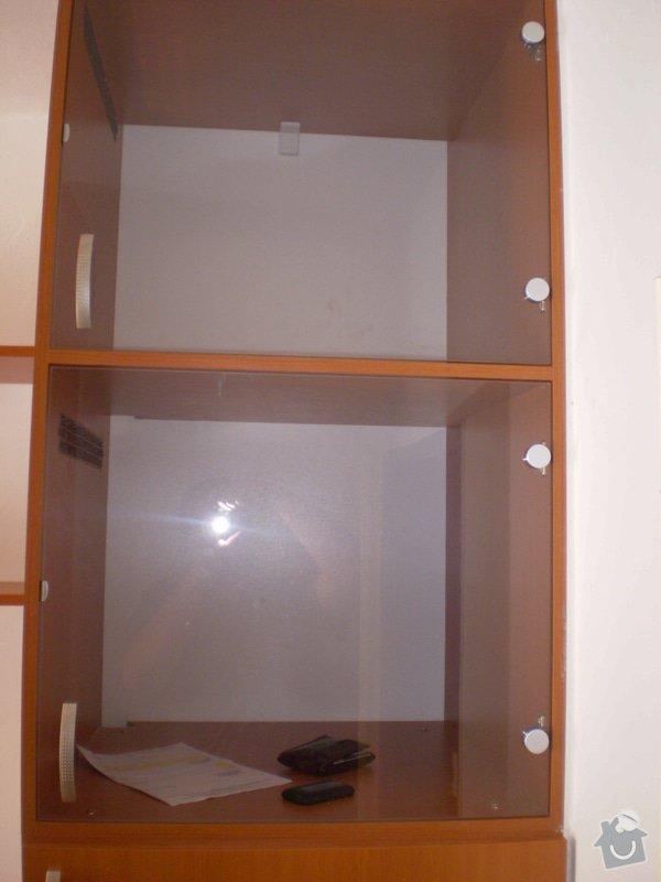 Skříň pro PC techniku, pracovní stůl s kontejnerem: P7190053