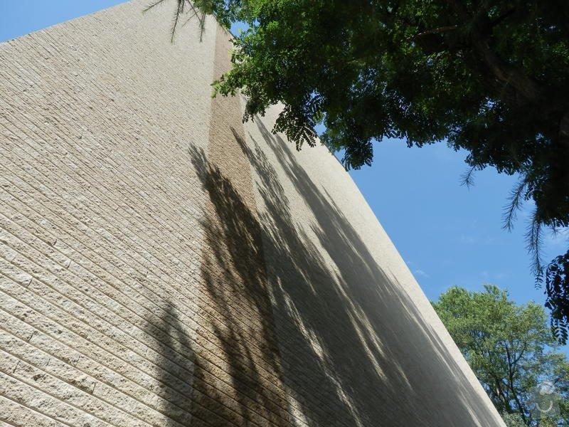 Zateplení štítů panelového domu: P7230007